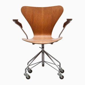 Mid-Century Swivel Armchair by Arne Jacobsen for Fritz Hansen
