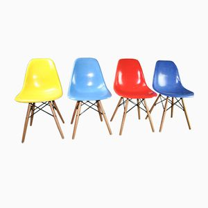 Vintage DSW Chairs by Charles & Ray Eames for Herman Miller, Set of 4