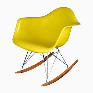 Gelber RAR Schaukelstuhl von Charles & Ray Eames für Herman Miller, 1960er