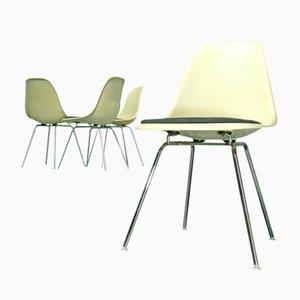 Fiberglas Stühle mit H-Gestellen von Charles & Ray Eames für Vitra, 1970er, 4er Set, 1980er