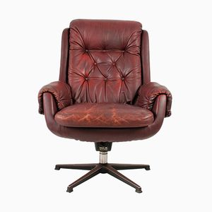 Vintage Finnish Leather Armchair from PeeM, 1970s
