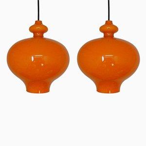 Lampes à Suspension en Verre Orange par Hans Agne Jakobsson, 1960s, Set de 2