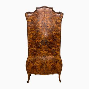 Armadio antico in legno di noce smussato, Italia, fine XIX secolo