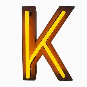 Lettera K vintage al neon