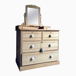 Cassettiera antica in legno di pino con specchio