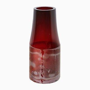 Dunkle Rubinfarbene Colored by Copper Co Co Vase von Milena Kling, 2015