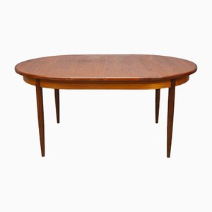Mid-Century Oval Extendable in Dining Table in Teak from G-Plan