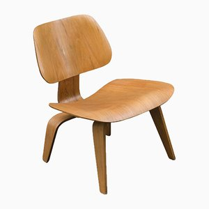 Vintage LCW Eichen Stuhl von Charles & Ray Eames für Herman Miller, 1950er