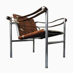 Italienischer Mid-Century Kuhfell Stuhl von Le Corbusier für Cassina
