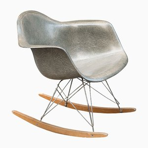 Rocking Chair Vintage par Charles & Ray Eames pour Herman Miller, 1950s