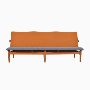 Model 137 Sofa by Finn Juhl for France & Søn, 1953