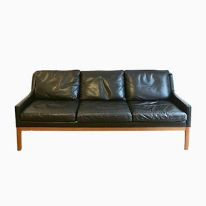 Black Leather Sofa by Kai Lyngfeldt Larsen for Søren Willadsen Møbelfabrik, 1960s