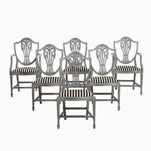 Antike Armlehnstühle und Stühle mit Feinen Schnitzereien