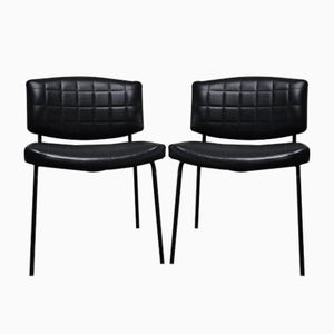 Schwarze Vintage Kunstleder Stühle von Pierre Guariche für Meurop, 1957, 2er Set
