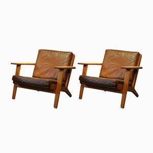 GE290 Lounge Chairs by Hans J Wegner for Getama, 1950s, Set of 2