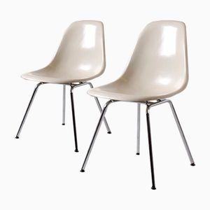 Vintage Fiberglass Side Chairs by Charles & Ray Eames for Herman Miller, 1970, Set of 2