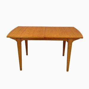 Extendable Scandinavian Dining Table