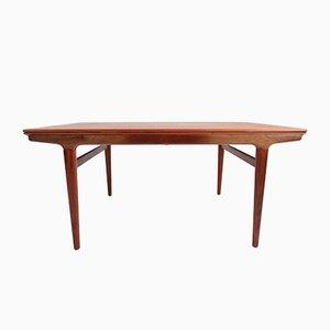 Mid-Century Rosewood Veneer Dining Table by Johannes Andersen for Uldum Møbelfabrik