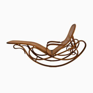 Antique Model 7500 Rocking Chair from Thonet