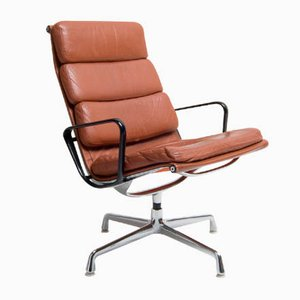 EA216 Leather Lounge Chair by Charles & Ray Eames for Herman Miller, 1960s