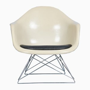 Vintage Modell LAR Chair by Charles and Ray Eames for Vitra