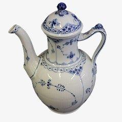 Blaue Gerippte Halbspitzen Porzellan Kaffeekanne von Royal Copenhagen