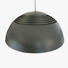 AJ Royal Pendelleuchte von Arne Jacobsen für Louis Poulsen