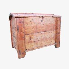 Grand Coffre de Rangement Antique en Bois de Pin