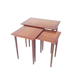 Tables Gigognes Mid-Century en Teck, Set de 3