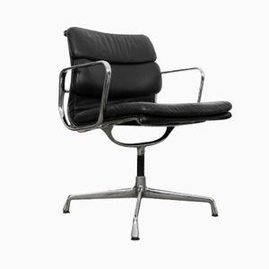 Si ge de bureau pivotant par charles ray eames pour for Charles eames chaise bureau
