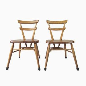 Britische Vintage Klassenzimmer Stühle von Ercol, 2er Set
