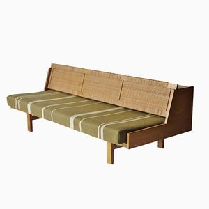 GE-258 Sofa Bed by Hans Wegner for Getama, 1950s