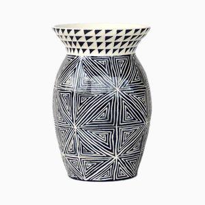 Vase mit Handgemachtem Muster von Dana Bechert