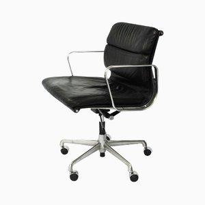 Modell EA217 Schreibtischstuhl mit Polsterung von Charles und Ray Eames für Herman Miller