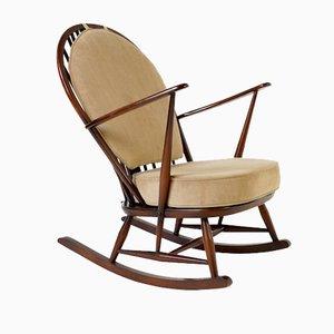Rocking Chair avec une Fleur de Lys Sculptée sur le Dossier par Ercol