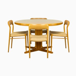 Oak Dining Set with 4 Model 75 Chairs by Niels Møller for JL Møller