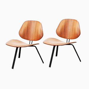 Pair of P31 Low Walnut Chairs by Osvaldo Borsani