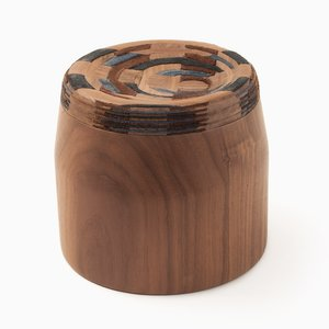 CAD Weaving Jar #1 en Noyer par Dafi Reis Doron