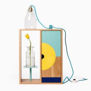 Petite Armoire Shrine Cabinet par Callum Brown