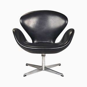 Swan Chair by Arne Jacobsen for Fritz Hansen, 1969