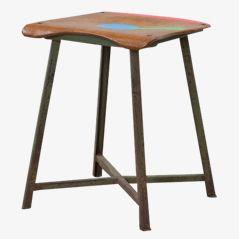 Mehrfarbiger Hocker Modell Drei Farben ohne Trallala von Markus Friedrich Staab