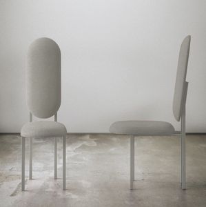 Re-Imagined Chair 01 Originale Grise par Nina Tolstrup