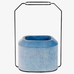 Weight Vase B di Decha Archjananun