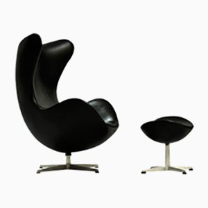 Egg Chair and Ottoman by Arne Jacobsen for Fritz Hansen