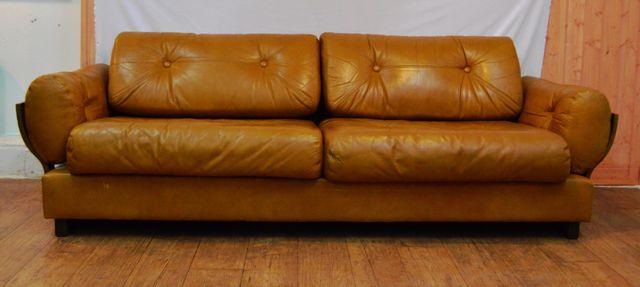 canap en cuir jaune moutarde danemark 1970s en vente sur pamono. Black Bedroom Furniture Sets. Home Design Ideas