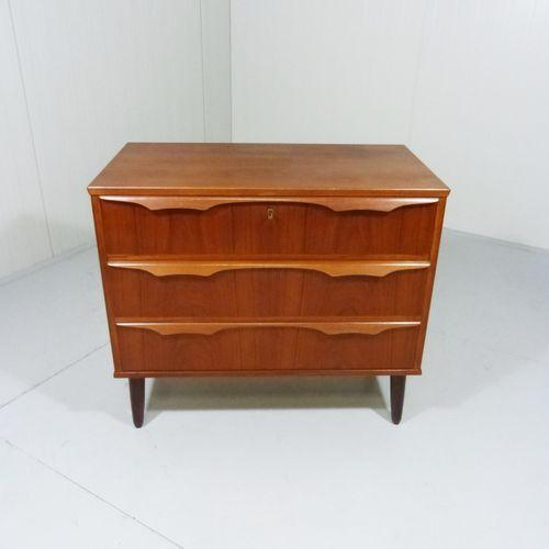 kommode designklassiker neuesten design. Black Bedroom Furniture Sets. Home Design Ideas