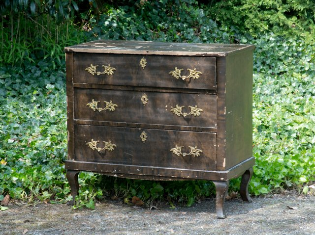 Swedish late baroque commode for sale at pamono - Commode blanche baroque ...
