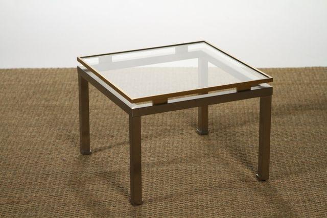 Table basse en laiton et verre par guy lefevre pour maison for Ventouse pour table basse en verre