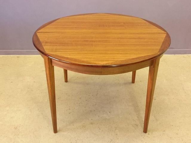 skandinavischer vintage tisch mit zwei verl ngerungen aus hellem palisander 1950er bei pamono. Black Bedroom Furniture Sets. Home Design Ideas