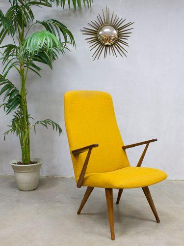 fauteuil jaune vintage de akerblom en vente sur pamono. Black Bedroom Furniture Sets. Home Design Ideas
